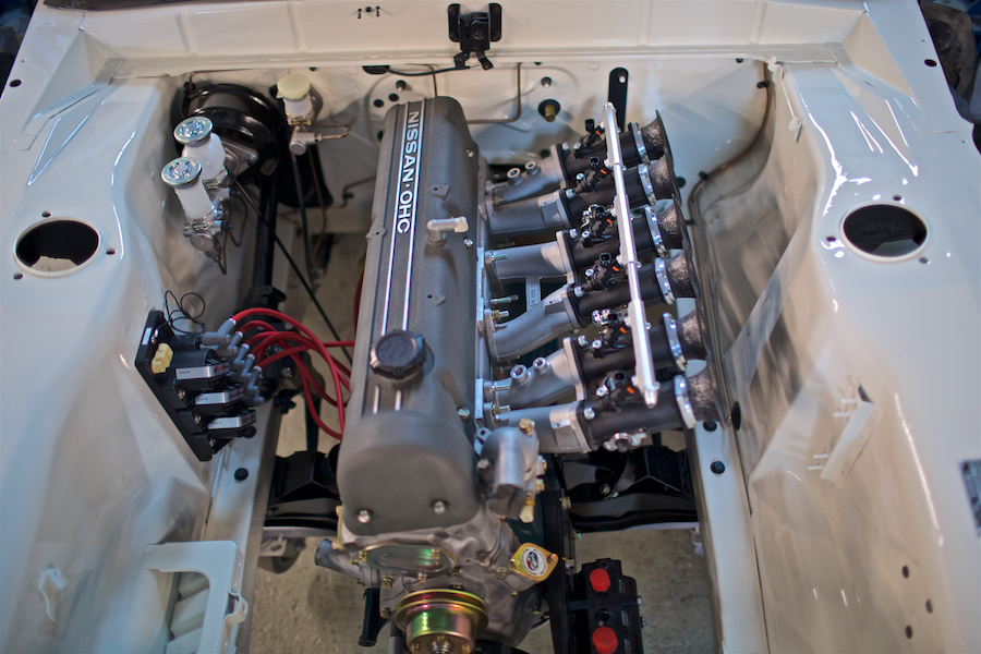 Skyline GC10 Hakosuka engine install